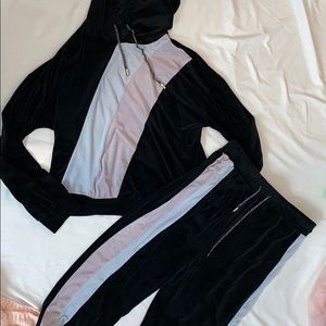 Fashion nova velour sweatsuit